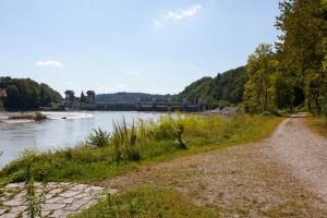 Inn-Ufer, Wasserkraftwerk Wasserburg