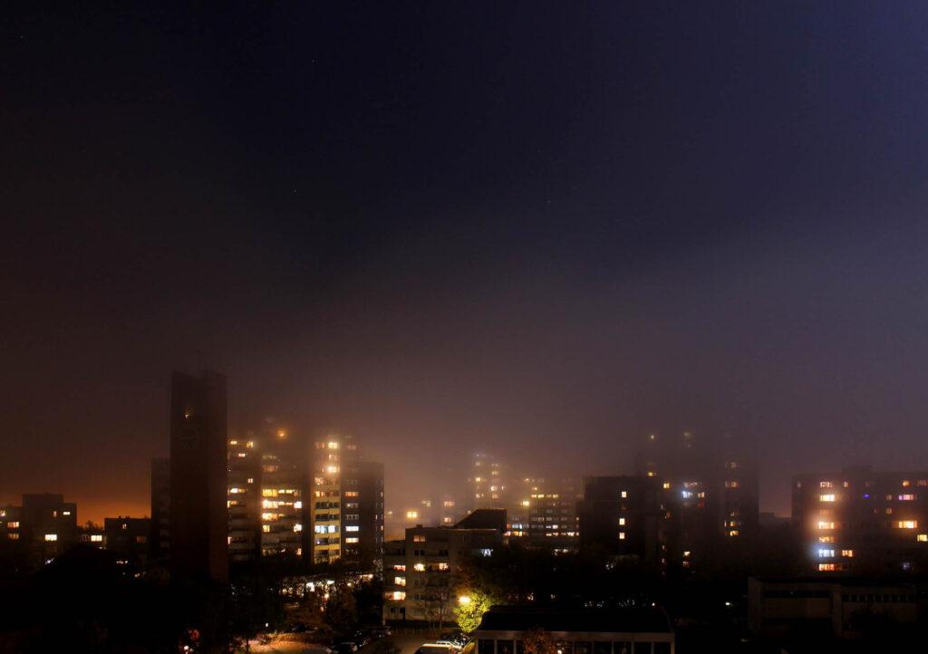 Marx-Zentrum im Nebel