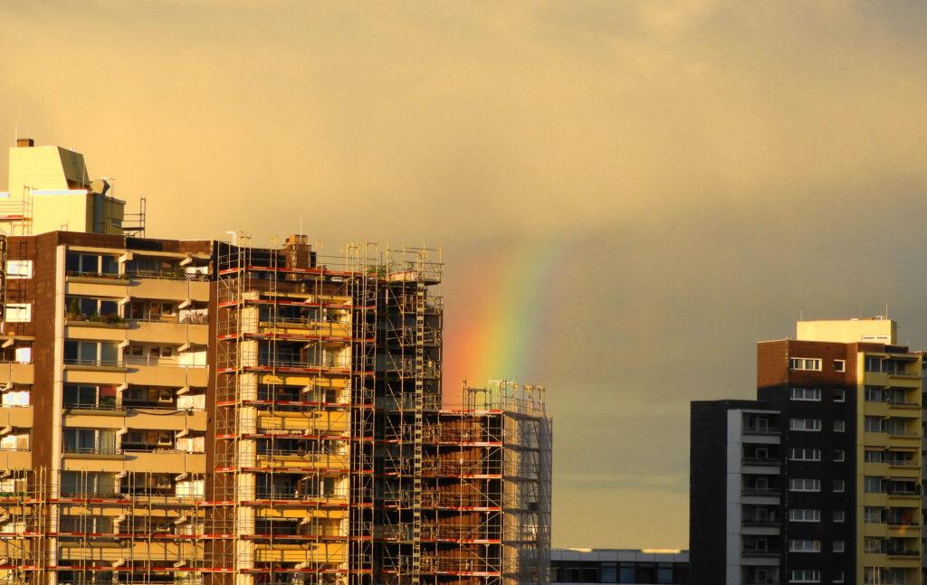 Regenbogen über dem Marx-Zentrum